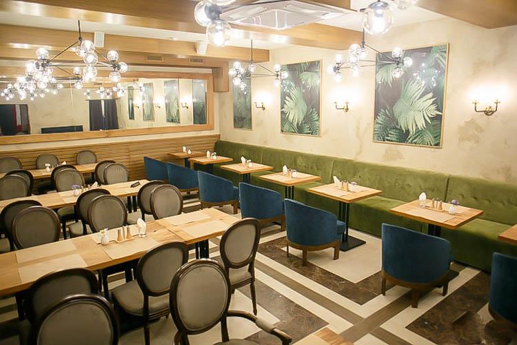 Мебель для ресторана белорусской кухни «Draniki»>