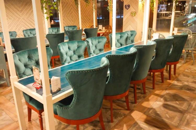 Стулья на каретной стяжке для ресторана «Васильки»