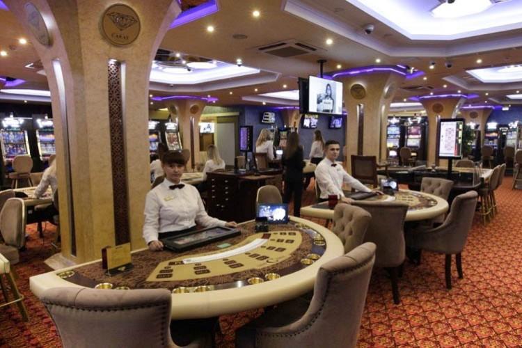 Мебель для казино Carat